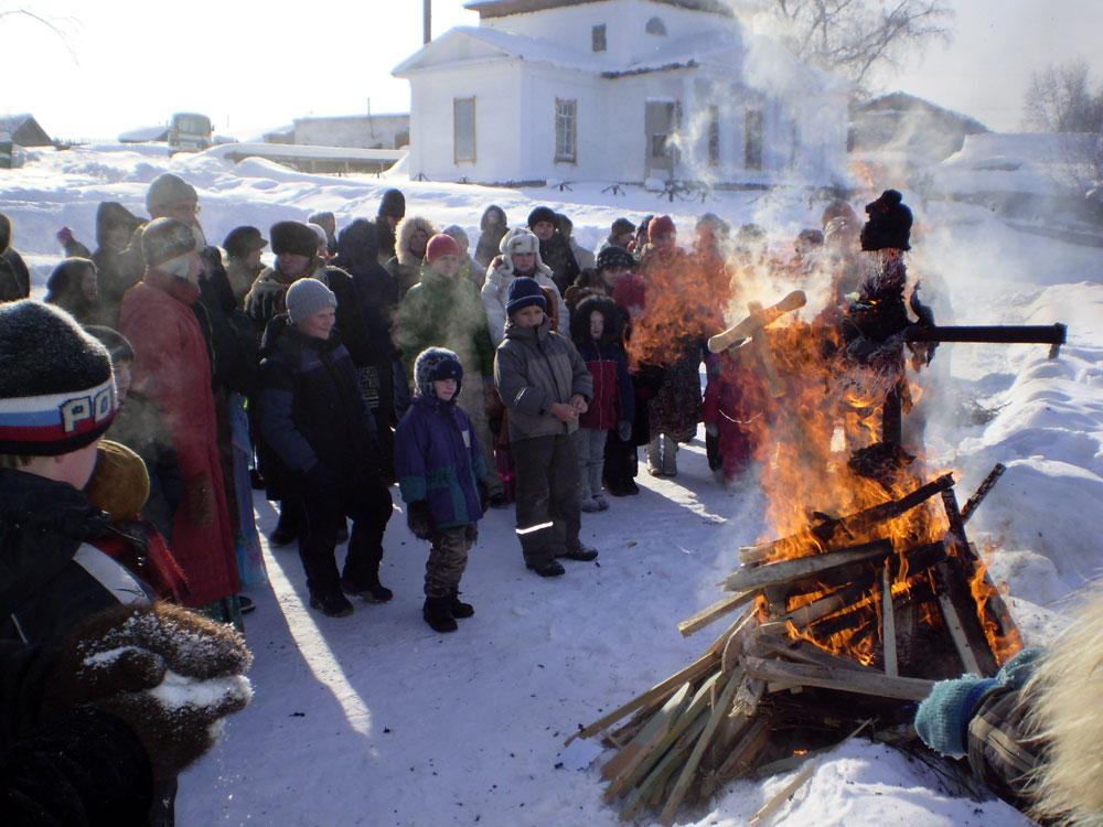 Вы находитесь здесь: 2007, Проведение праздника Масленица в г. Староуткинске