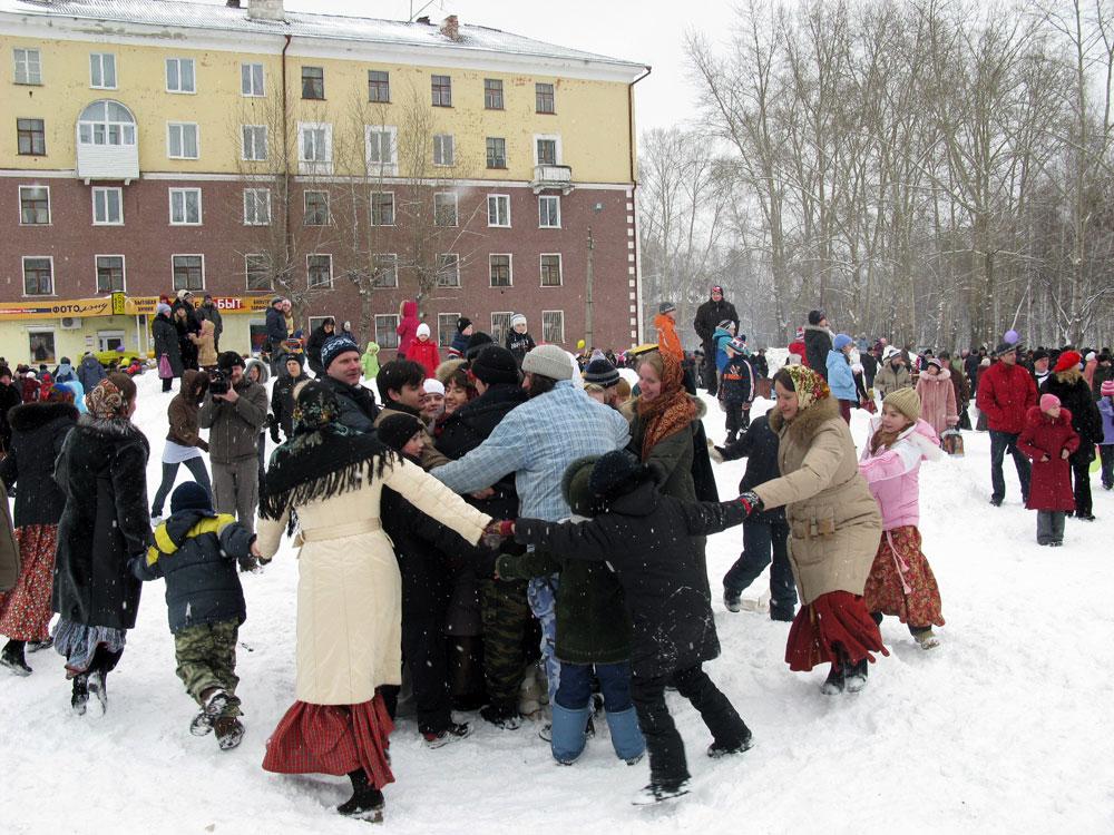 Вы находитесь здесь: 2008, проведение праздника Масленица в г. Ревде